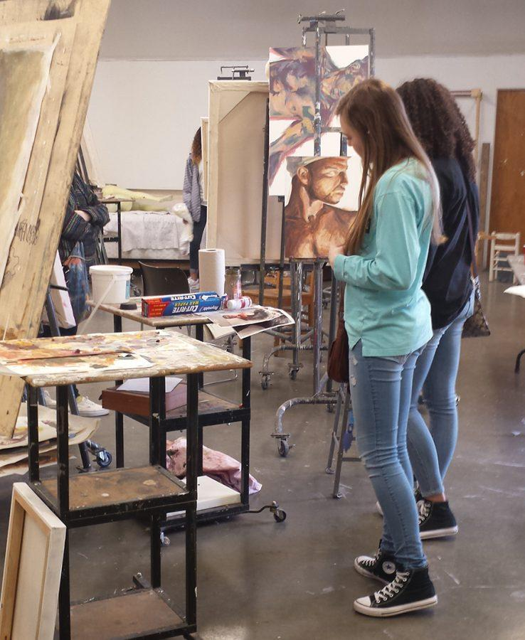 Art students spend day at KU
