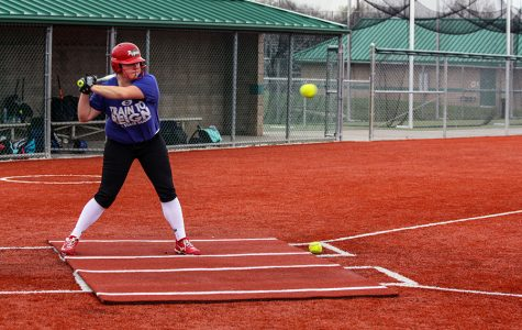 Softball goes for third state title in a row