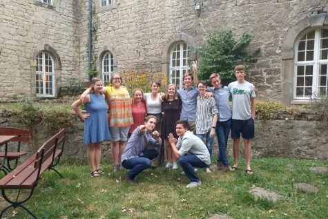 Students who participated in studying abroad meet after a year apart. Having been all over Europe,  Sean Yake, senior, recommends others take part if given the opportunity. However, they are glad to be home.