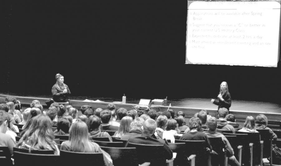 The Junior class meets in the auditorium on Jan. 10 with Traci Johnston and Amy Brown, counslers, to talk about enrollment for the 2018-2019 school year.  Presentations for the other grades will take place during either their English hours (class of 2020) or seminar (class of 2021). Additionally, information and help is available in the counseling office for students who have questions.