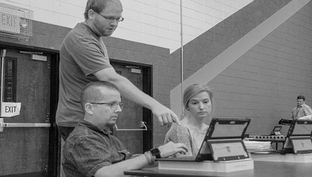 Students and teachers have issues with new laptops
