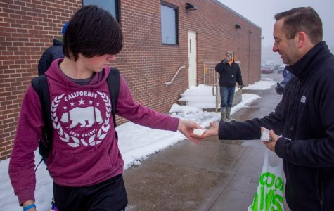 The Father's Club graces students with burritos